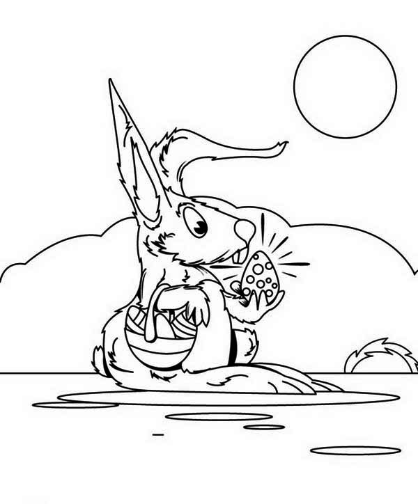 Mrs Bunny With A Basket Of Easter Eggs Coloring Page