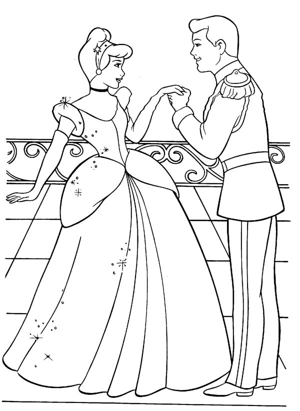 Cinderella And Prince Charming Are In Love In Cinderella Coloring