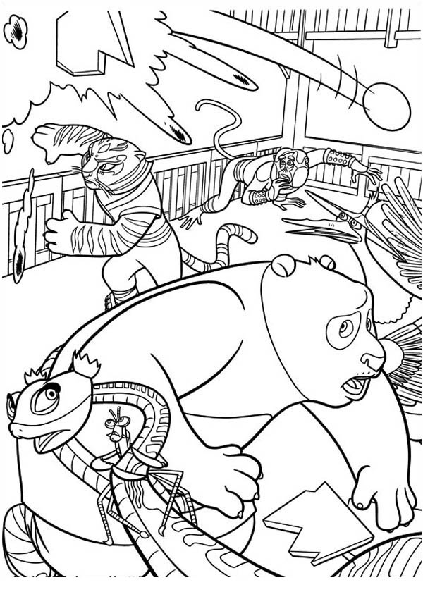 The Dragon Warrior And The Furious Five Run From Canon In Kung Fu Panda Coloring Page Download Print Online Coloring Pages For Free Color Nimbus